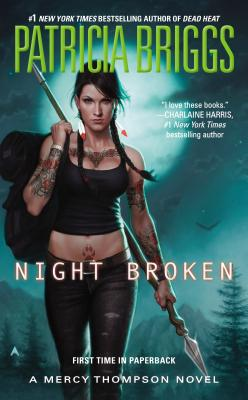 NIGHT BROKEN (BRIGGS PATRICIA)(Paperback)