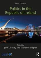 Politics in the Republic of Ireland(Paperback)
